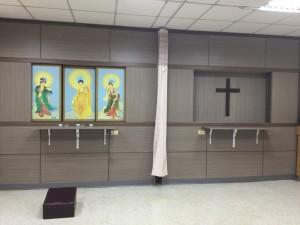 配合病人的信仰,在住院期間,提供一個空間與自己的神做接觸。病人往生後,可提供一個獨立的空間,讓家屬陪伴病人走最後一程。